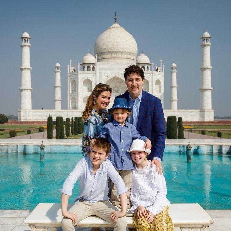 Justin Trudeau travel  photo