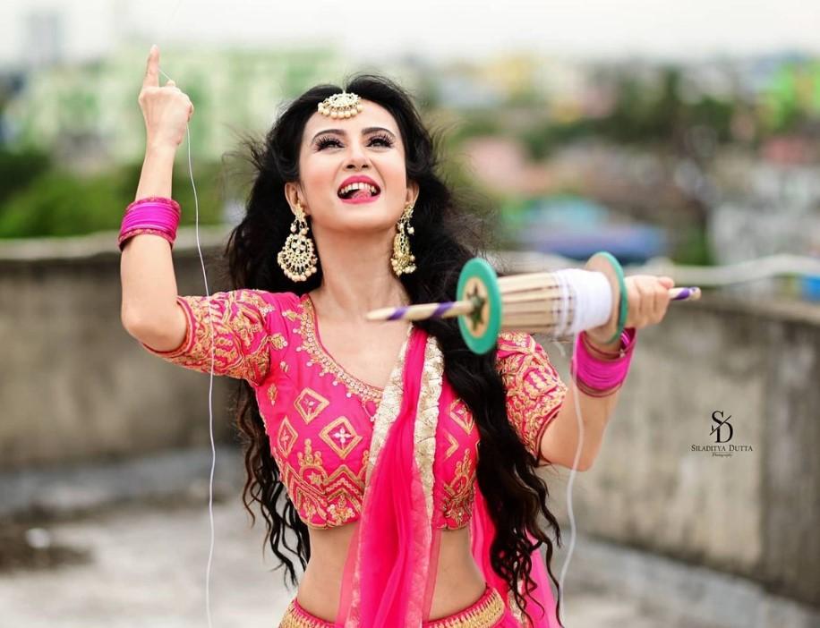 Monami Ghosh age photo