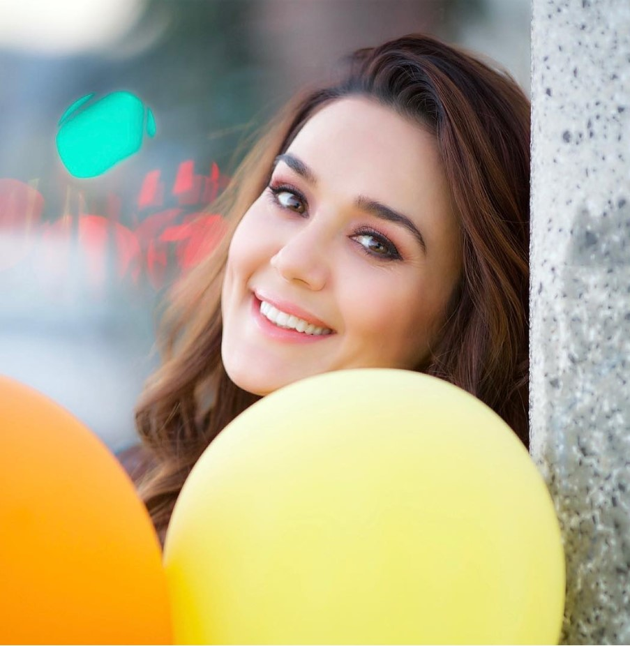 Preity Zinta HD picture