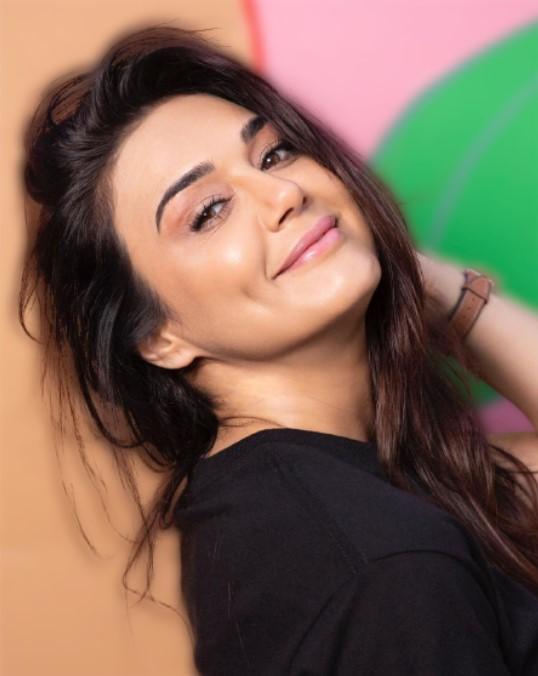 Preity Zinta picture