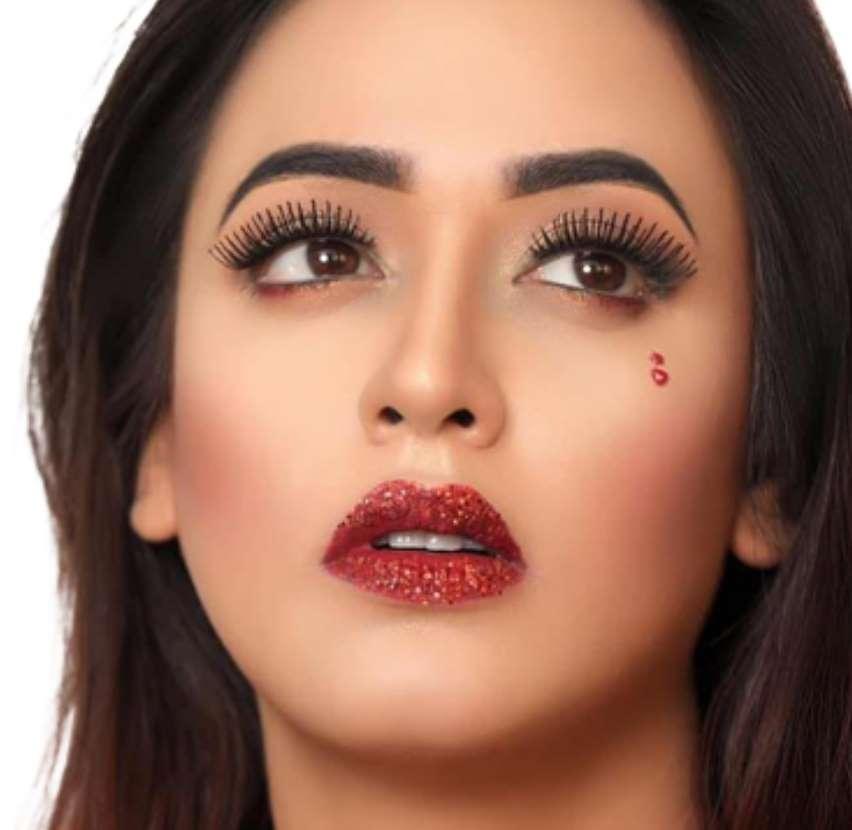 Ahona Rahman HD Will paper