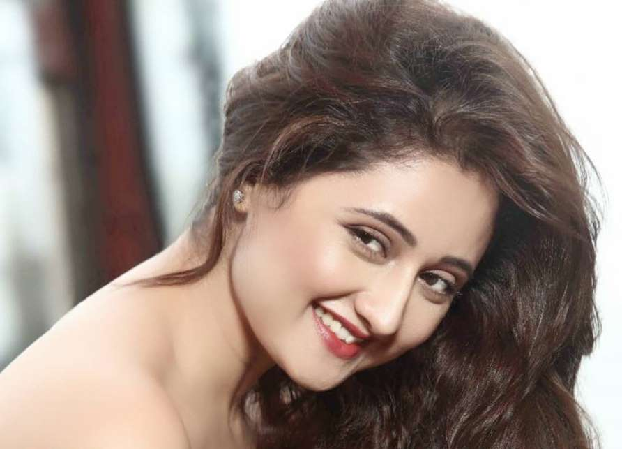 Rashami Desai HD picture