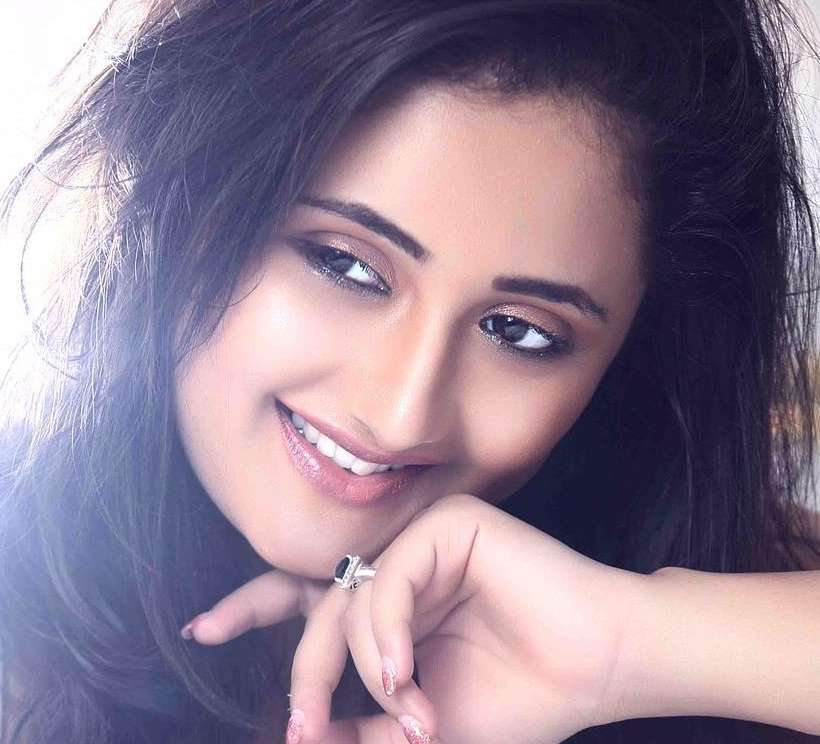 Rashami Desai HD Will paper