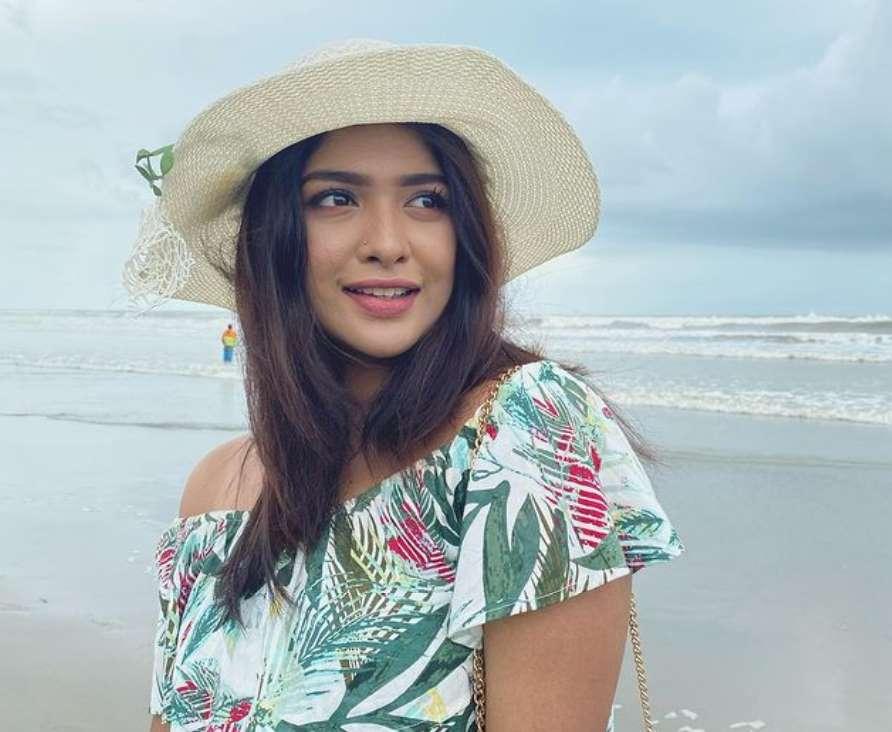 Sarika Sabah Traveling photo