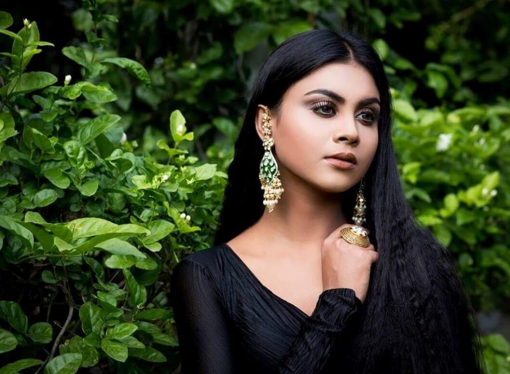 Meghla Mukta Black Dress picture