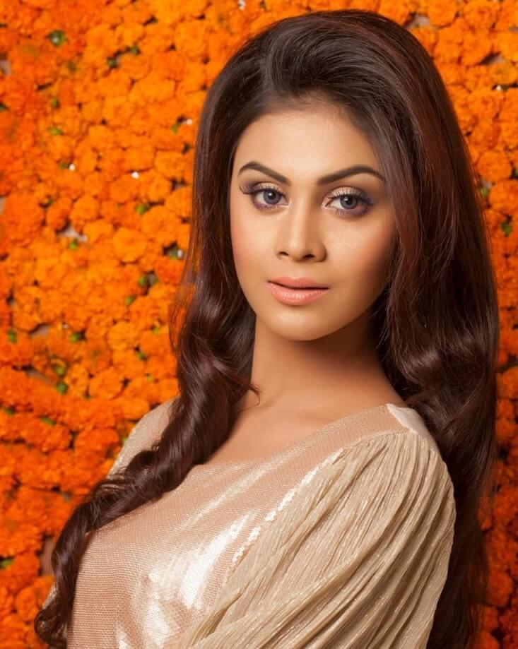Meghla Mukta luking image
