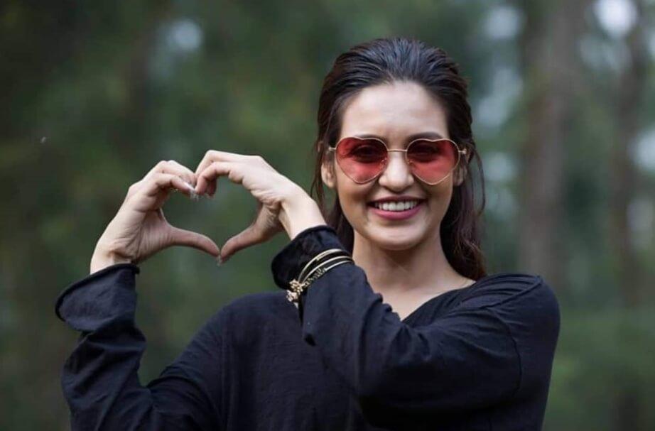 Priyanka Sarkar love photo