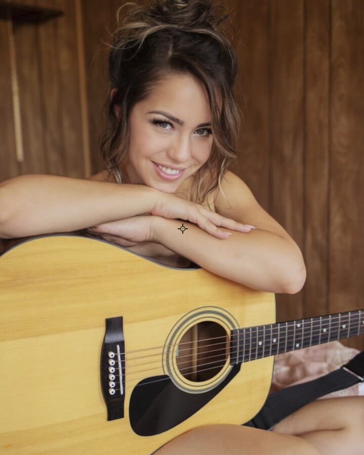 Alina Lopez  For gitar picture
