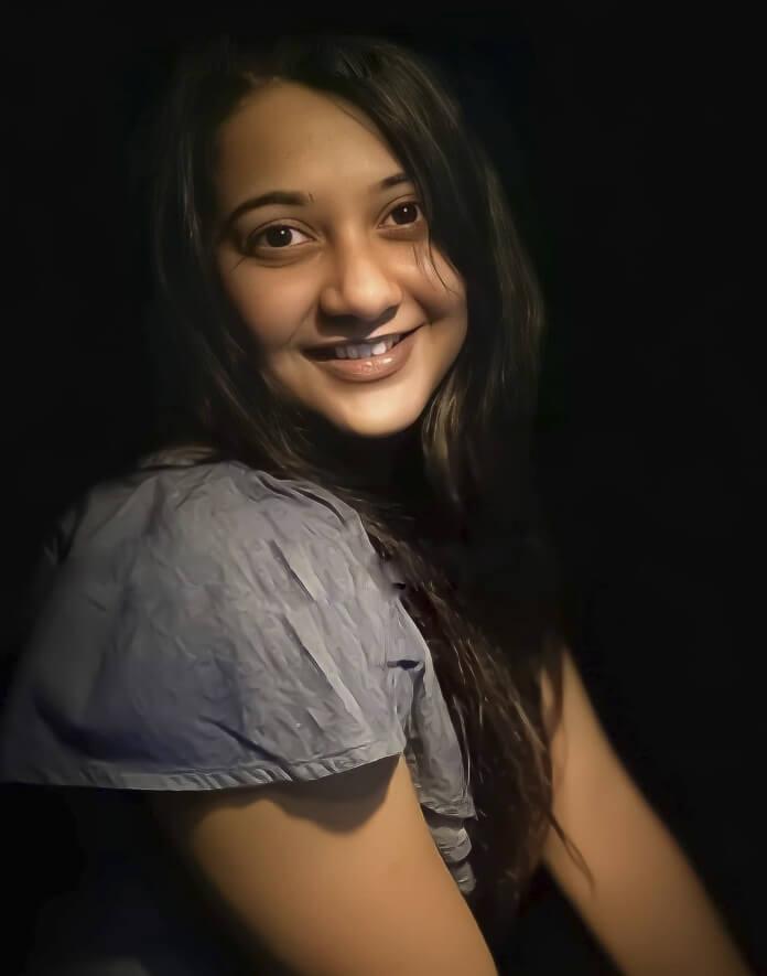 Anamika Chakraborty Sweet pics