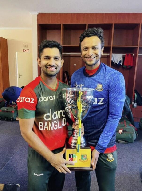 Shamim patwari & Shakib al Hasan photo