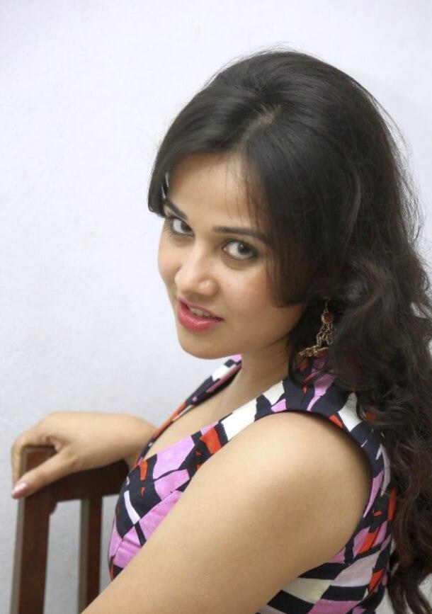 Priyanka Kothari photo